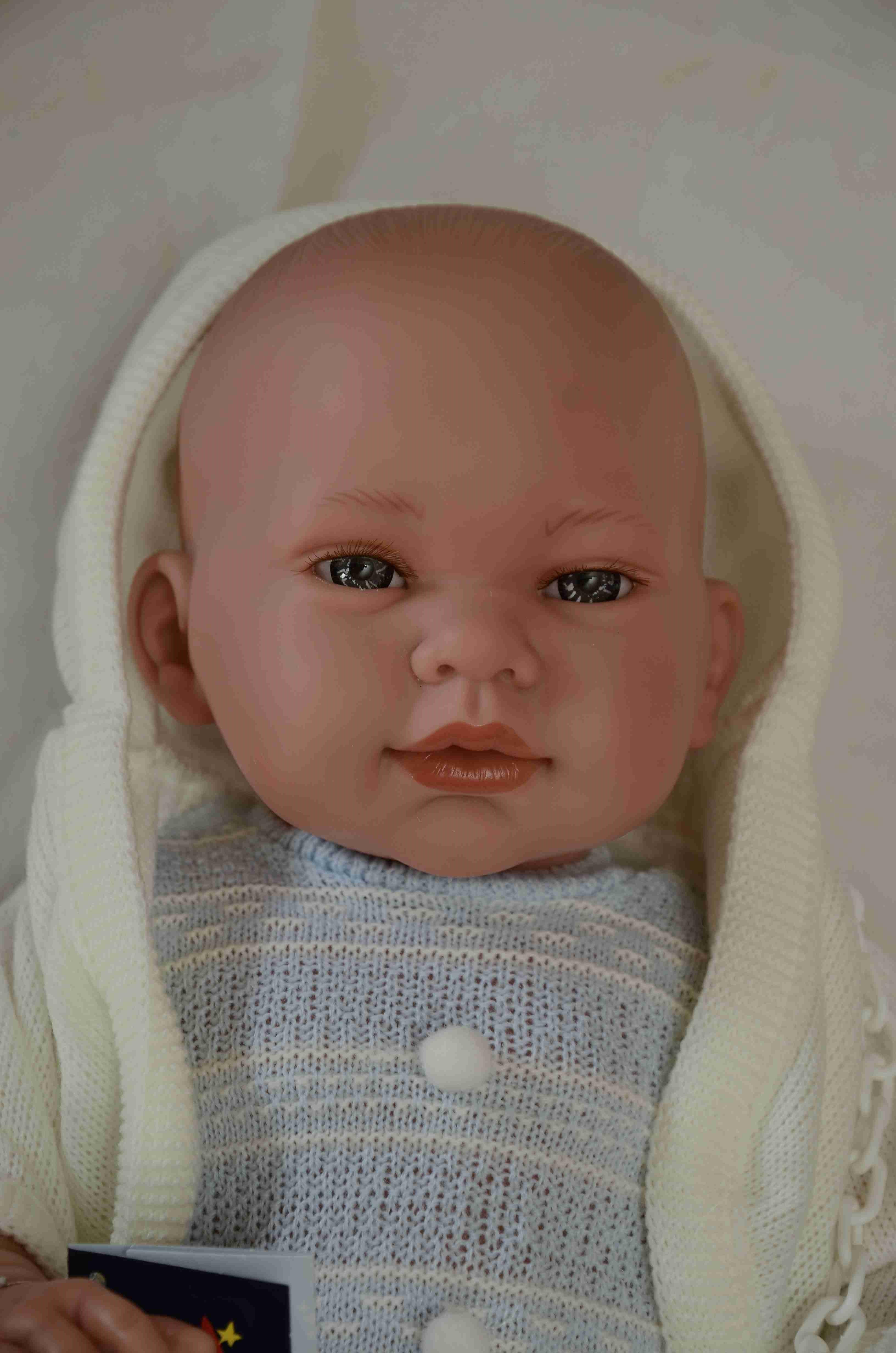 Realistické miminko - chlapeček - Mario s kapucí od firmy Lamagik (Doprava zdarma)