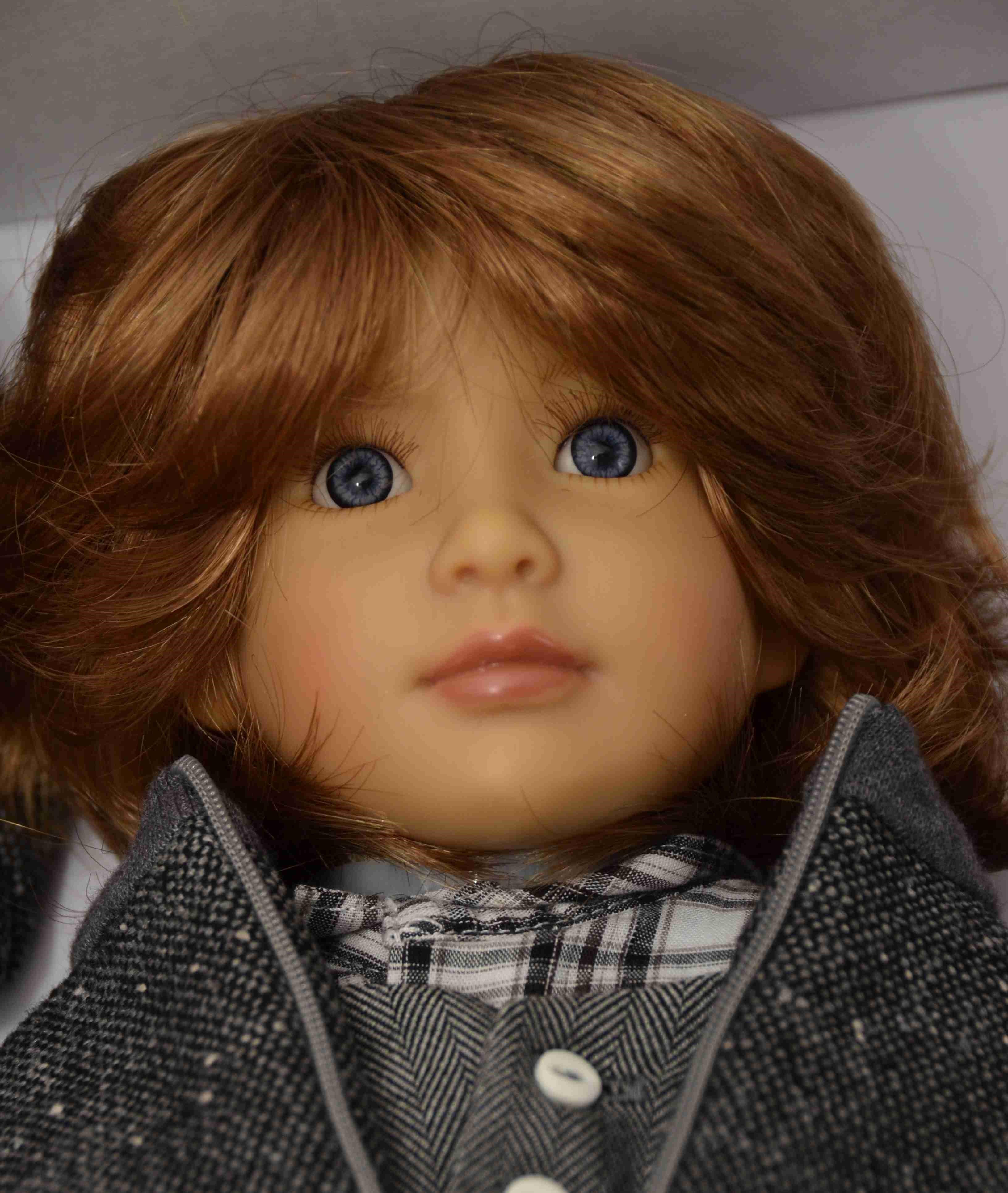 Kloubová panenka - kluk Alister značky Kidz-n-Cats (Doprava od 35 Kč)