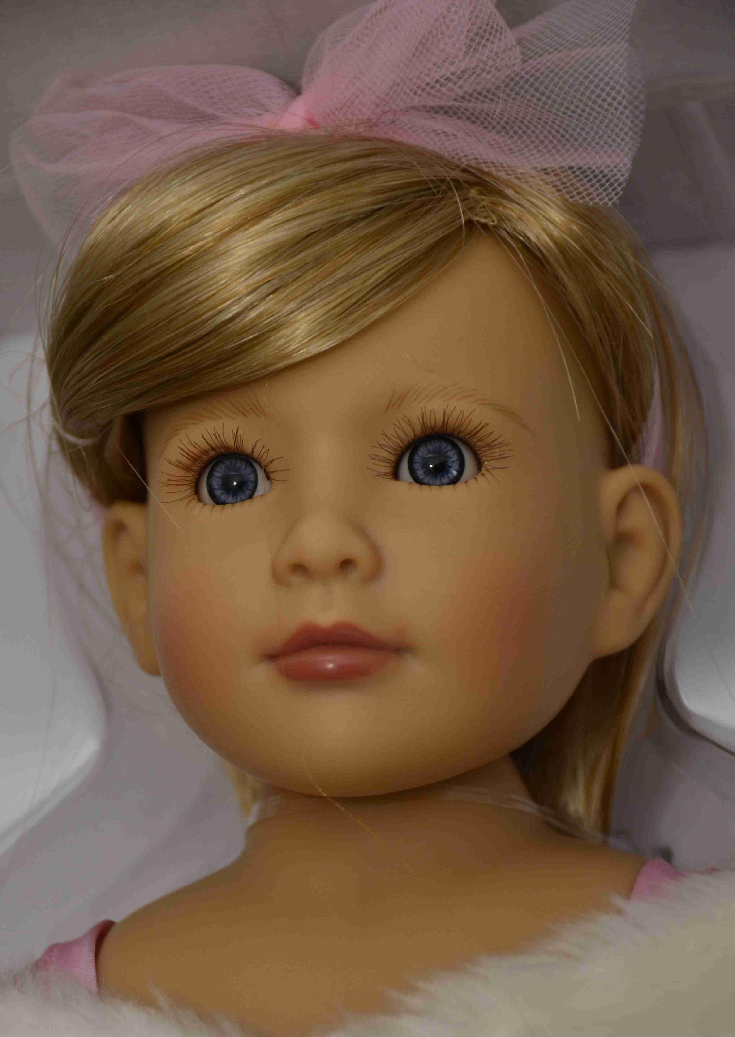 Kloubová panenka - holčička Princezna v růžovém značky Kidz-n-Cats (Doprava od 35 Kč)