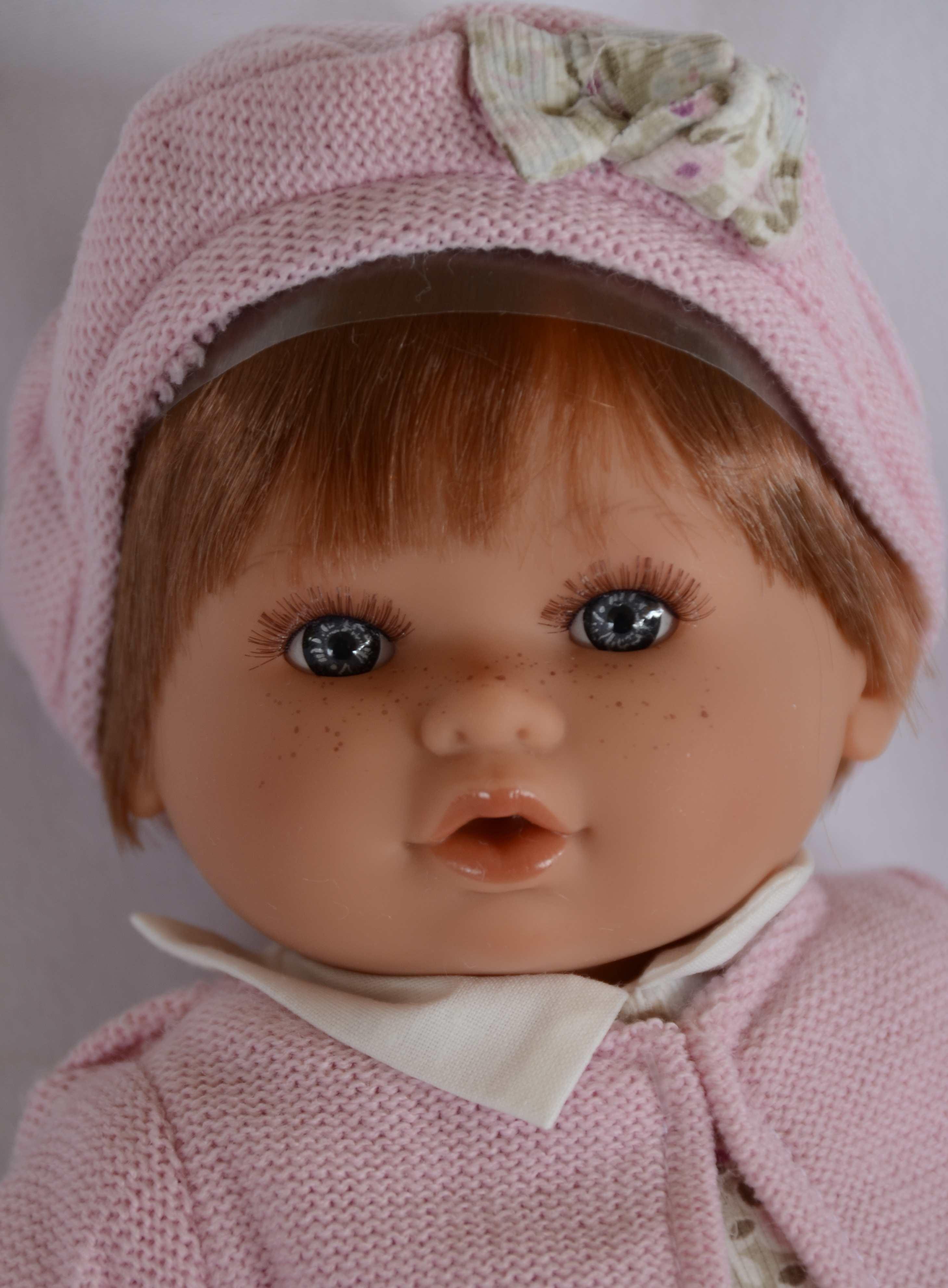 Realistická panenka - holčička Dato Gorrita - zrzavé vlasy od Antonio Juan