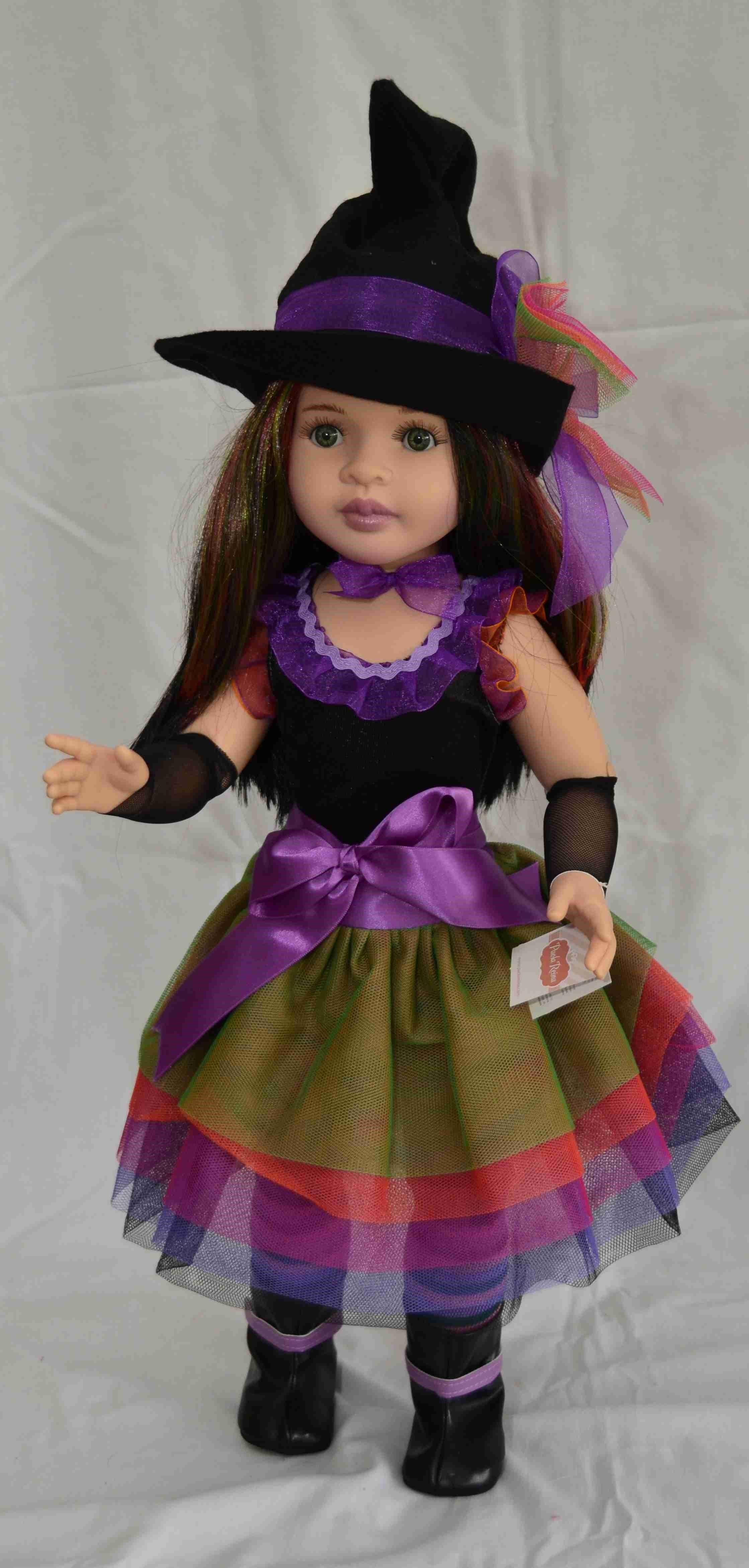 Realistická kloubová panenka Čarodějka od firmy Paola Reina ze Španělska