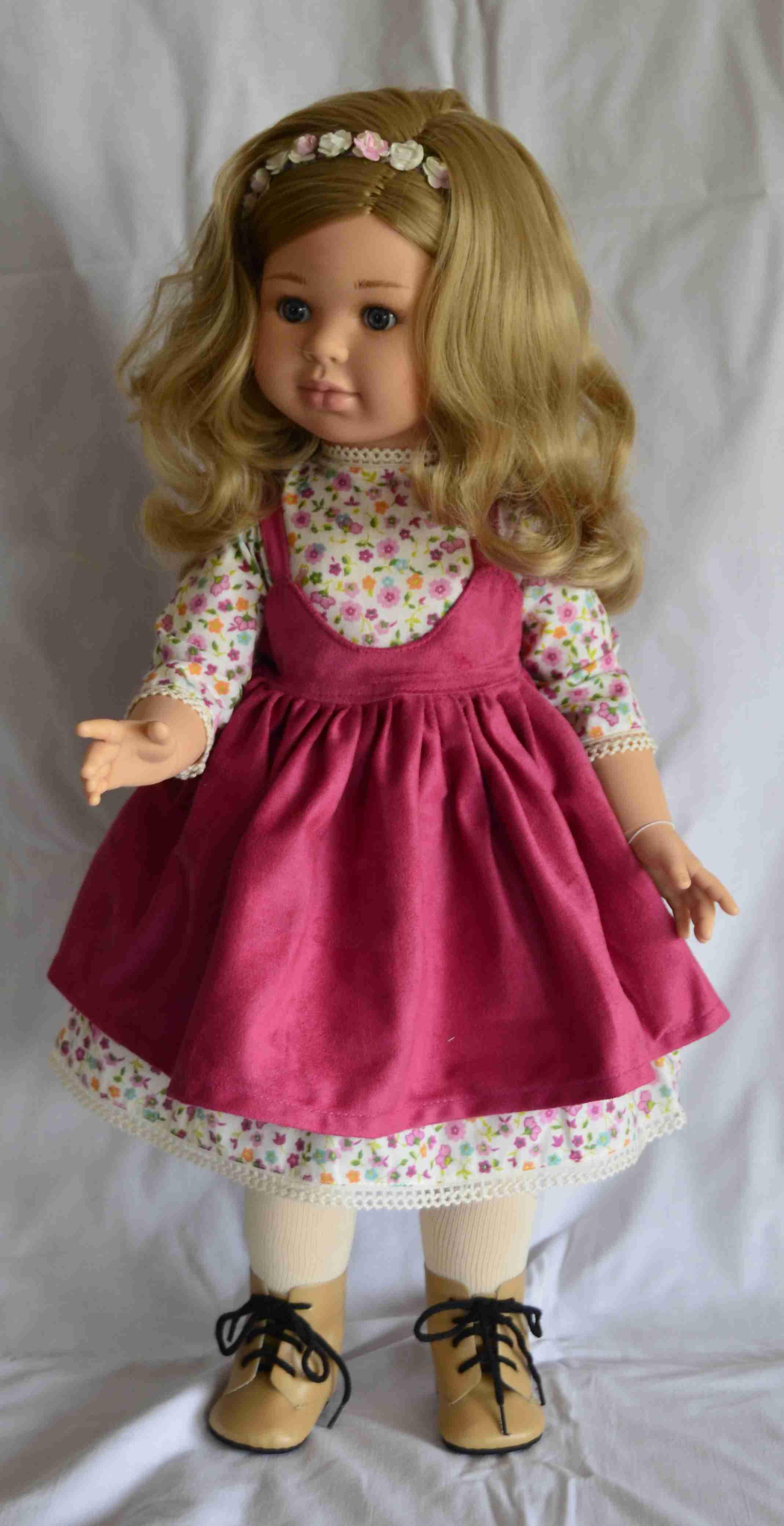 952f4d2120c3 Alma - růžové šaty - kloubová (60 cm) od Paola Reina ze Španělska