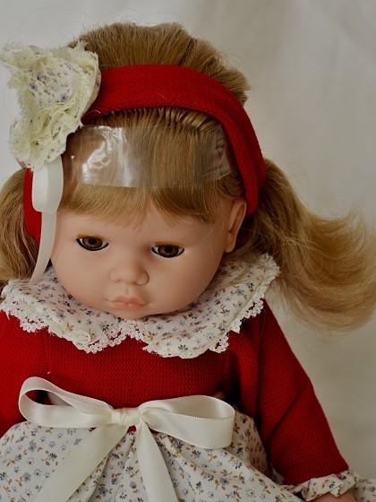 Realistická panenka Mirka od firmy Berjuan ze Španělska