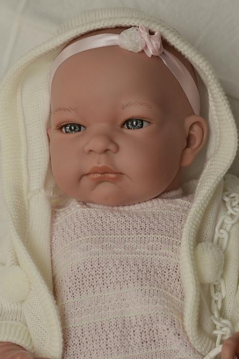 Realistické miminko - holčička - Jenny s kapucou od firmy Lamagik (Doprava zdarma)