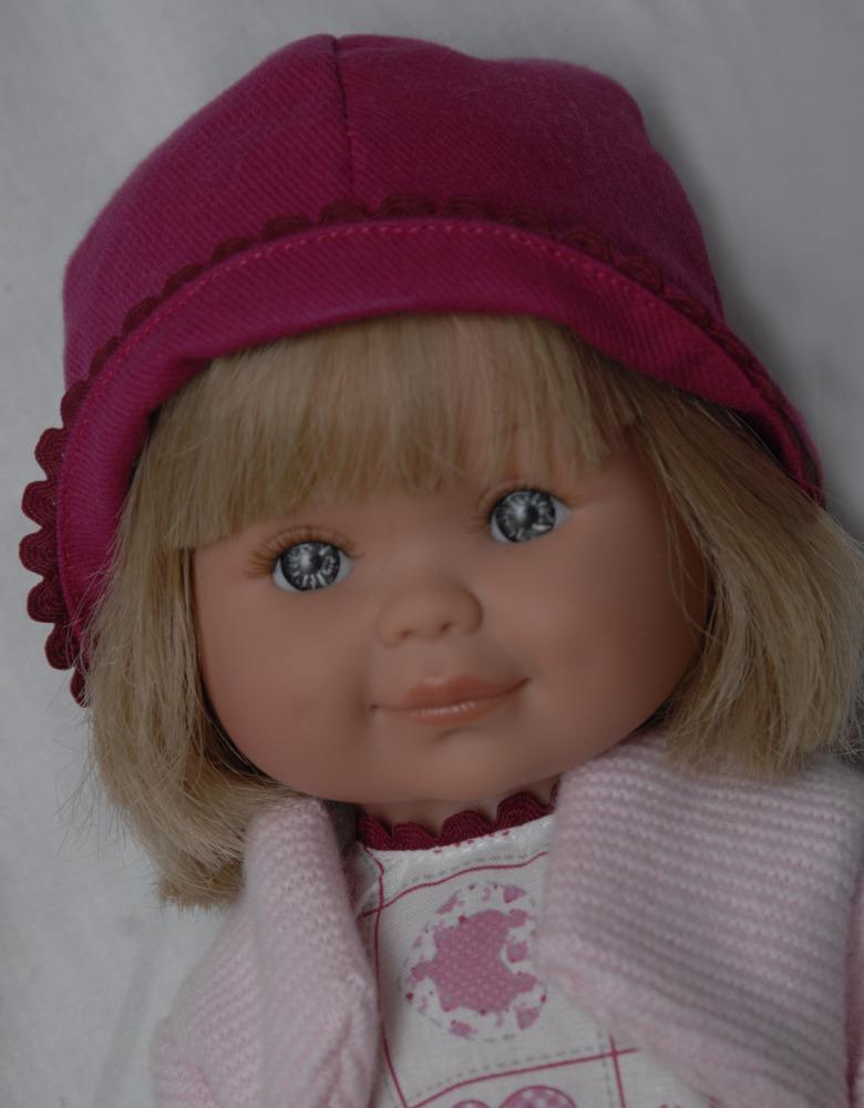 Betty s růžovým kloboukem od firmy Lamagik ze Španělska (Doprava od 35 Kč)