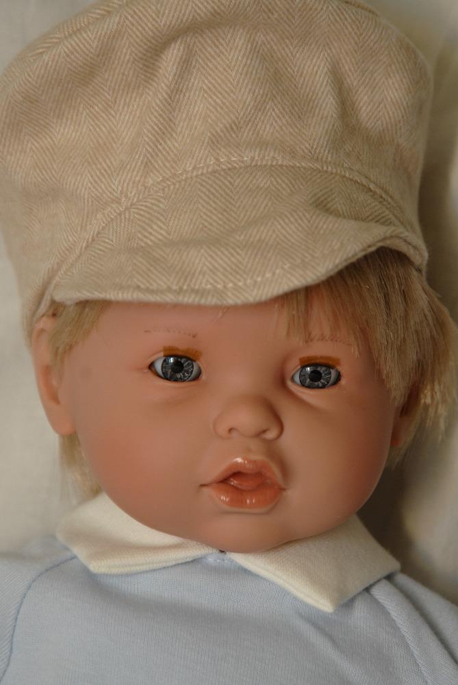 Moflete - chlapeček s vysokou čepicí od firmy Lamagik ze Španělska (Doprava zdarma)