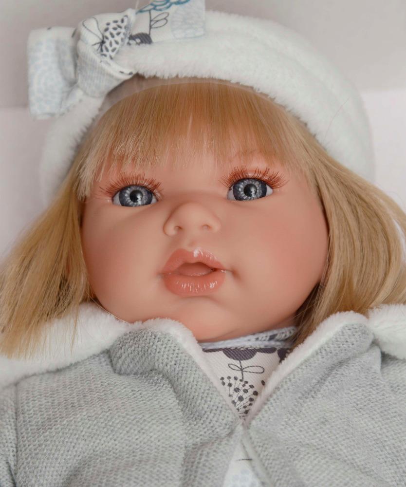 Realistická panenka Antonio Juan - holčička Any s čelenkou - světlé vlásky