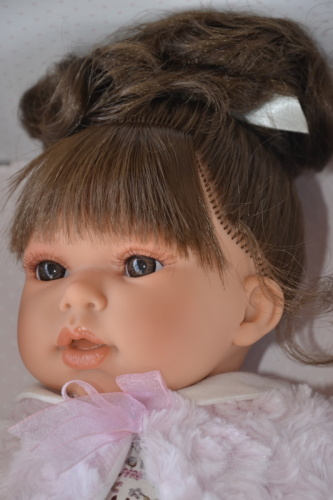 Realistická panenka - holčička Any coleta - tmavé vlásky