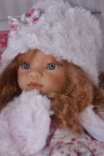 Realistická panenka - Emily invierno - zrzavé vlásky