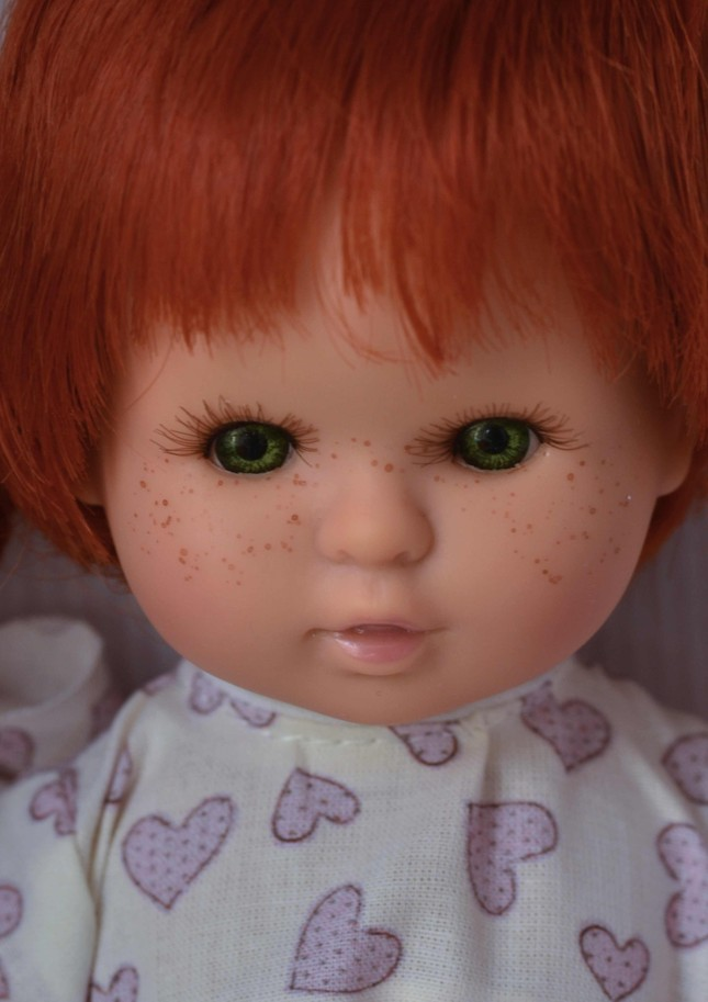 Realistická panenka holčička Sofia - zrzavé vlásky od firmy Berjuan