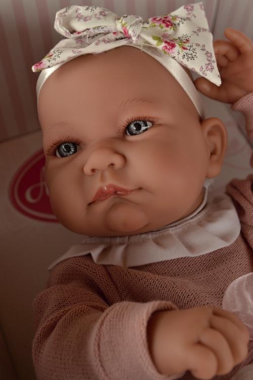Realistické miminko - holčička Nica s mašlí od Antonio Juan (Doprava zdarma)